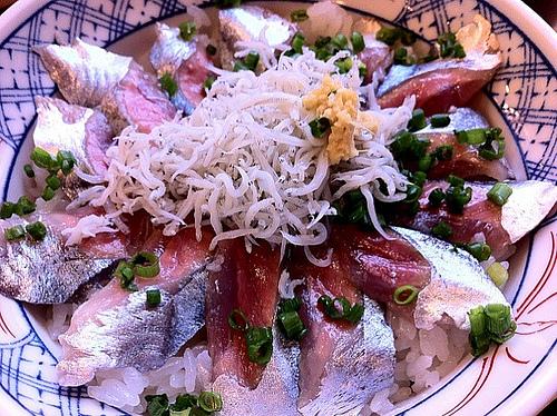 秋刀魚シラス丼