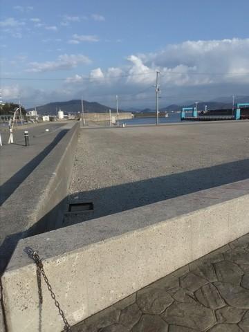 和歌山の太刀魚ポイント 田ノ浦 湾内2