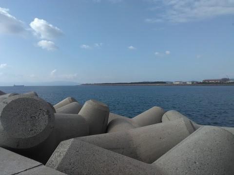 和歌山の太刀魚ポイント 青岸 テトラ3